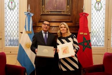 Con el encargado de negocios de la embajada de Marruecos