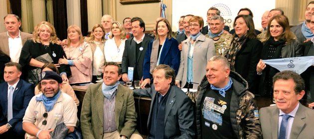 Encuentro con senadores y ex combatientes de Malvinas