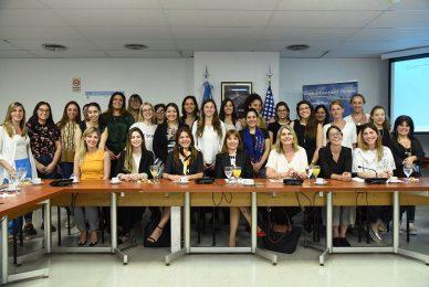 Liderazgo político de las mujeres