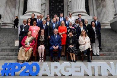 Parlamentarios en la Cumbre de Presidentes en ocasión del G20