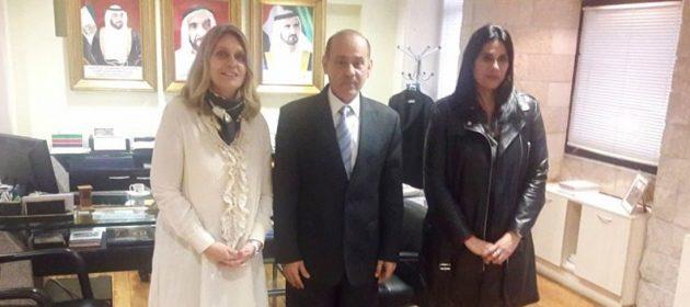 Encuentro con el embajador de los Emiratos Árabes