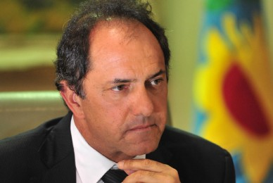 Pedido de Informes al gobernador Daniel Osvaldo Scioli