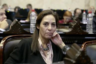 Adhesión del Proyecto de Ley sobre la implementación de  Sello Nacional de Equidad Laboral de la Diputada Nacional Ana Carla Carrizo