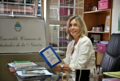 DIÁLOGO POLÍTICO 02/10/2017 50/50 Mujeres en el Congreso Argentino por Cornelia Schmidt Liermann