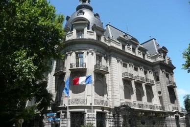 Carta de agradecimiento por buque Ara San Juan de parte del embajador de Francia